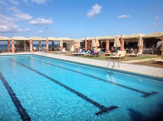 Civitel Creta Beach: La piscine