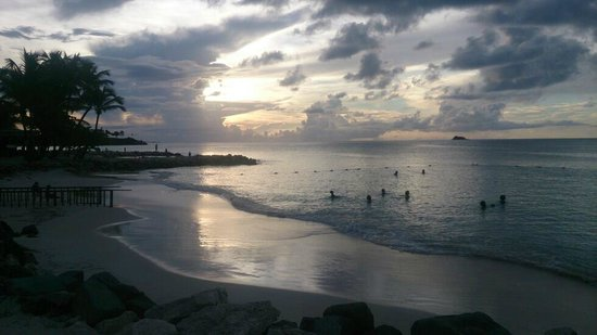 Siboney Beach Club: sunset