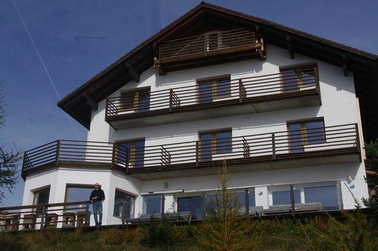 hotel12: Hotel exterior