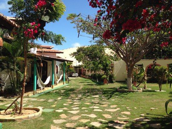 Paracuru Kite Village: Área externa dos chalés