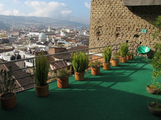Hotel Casa Gardenia: View from top deck