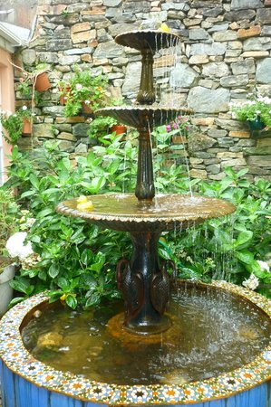 The relaxing fountain inside the Quay House