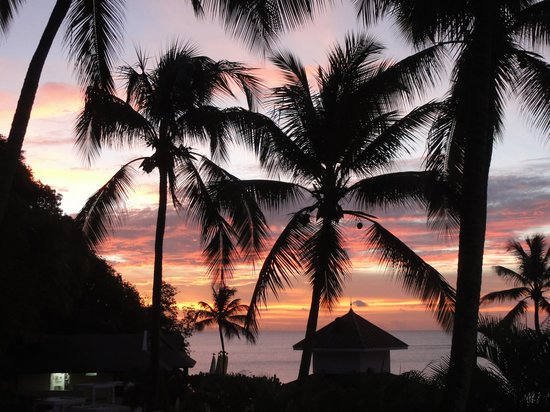 BodyHoliday Saint Lucia : One of many beautiful sunsets