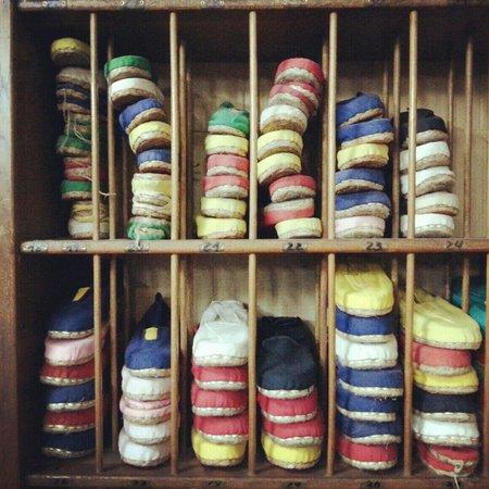 La Manual Alpargatera: The espadrille shoes