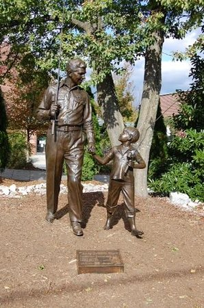 The Andy Griffith Museum: Andy and Opie