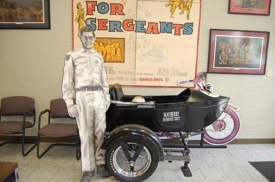 The Andy Griffith Museum: The Sidecar