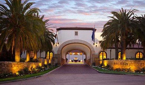 Bacara Resort & Spa: Bacara Entrance