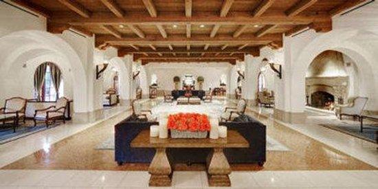Bacara Resort & Spa: Lobby