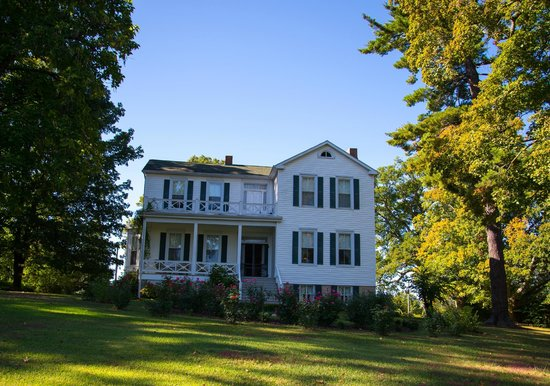 White Cliff Manor Bed and Breakfast: White Cliff Manor