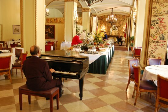 Windows on the Park: Brunch with music