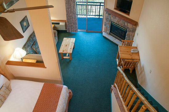 The Waters of Minocqua: Loft Suite