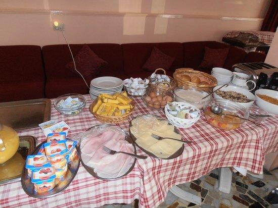 Nettuno Hotel : Buffet Breakfast