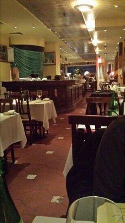 Mezzogiorno: sala ristorante