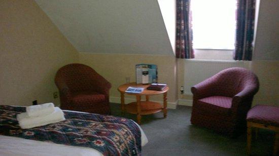 Bay Prince of Wales Hotel: bedroom