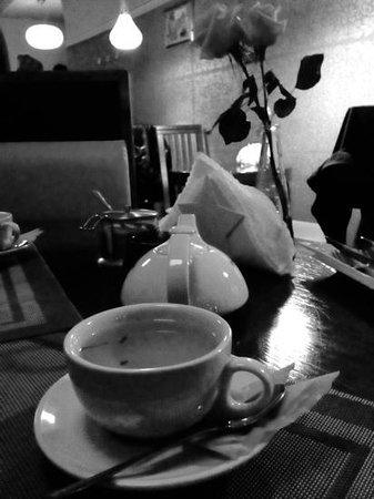 Indus Tandoor Restaurant : Jasminowa herbatka w IT