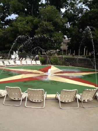 Hyatt Regency Lost Pines Resort and Spa : Fun pool and beach area
