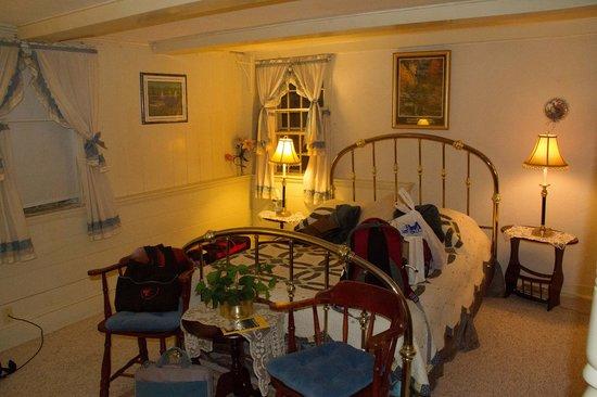 1768 Country Inn: Room 4