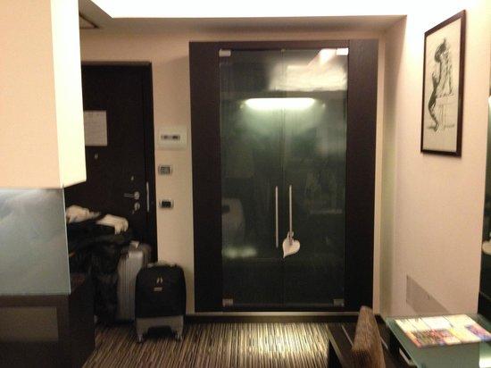 BEST WESTERN Hotel Universo : Guarda-roupas