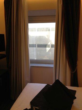 BEST WESTERN Hotel Universo : Vista do quarto