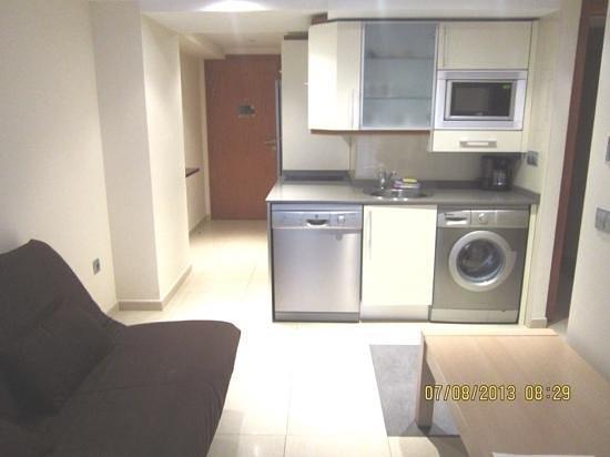 Marina Rey Apartamentos : cocina