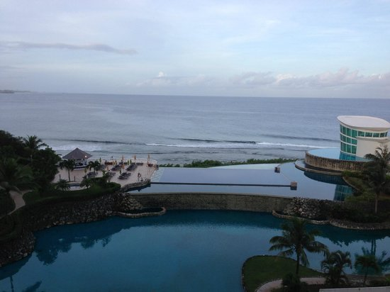 Sheraton Laguna Guam Resort: I wish the sun came out when I took this picture