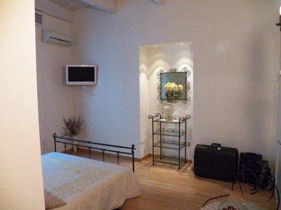 Marina di Castello : Oro Classico Room