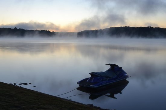 The Ritz-Carlton Reynolds, Lake Oconee: Lake at Sunrise