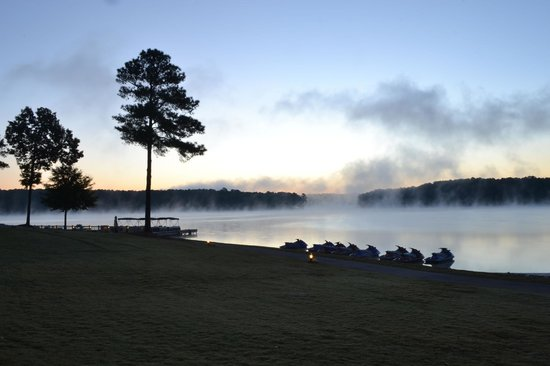 The Ritz-Carlton Reynolds, Lake Oconee: Lake at Sunrise over water sports area