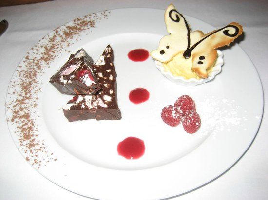 Birds Nest Restaurant: desert