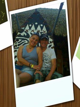 Parque Temático Hacienda Nápoles : postal de pareja