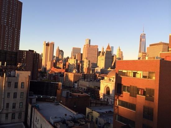 Comfort Inn Manhattan Bridge: view from my 10th floor room