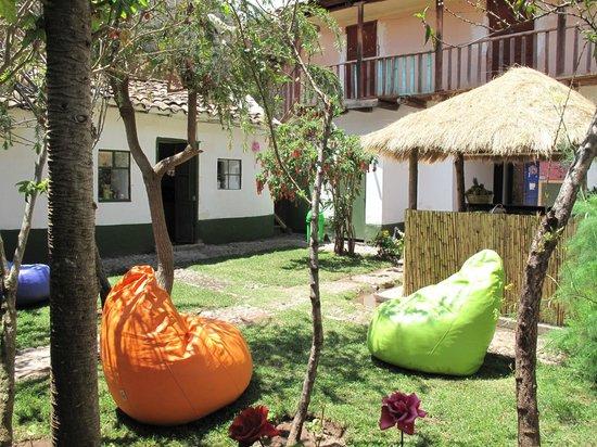 Intihuatana Lounge: The garden