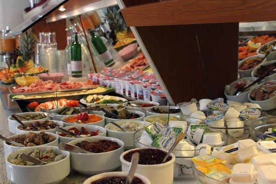 Halbersbacher Airport Hotel Frankfurt: Breakfast