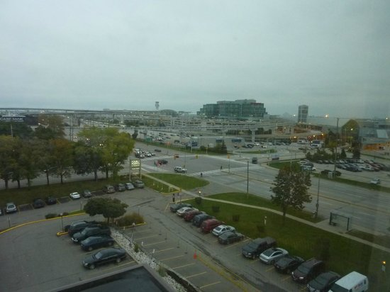 Four Points by Sheraton Toronto Airport: View of Terminal 3