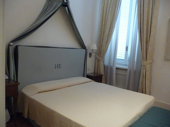 Hotel Executive Florence: Comfy bed
