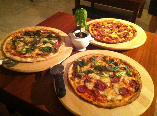 Sun n Sea Wood Fire Bistro: Tasy pizza's!