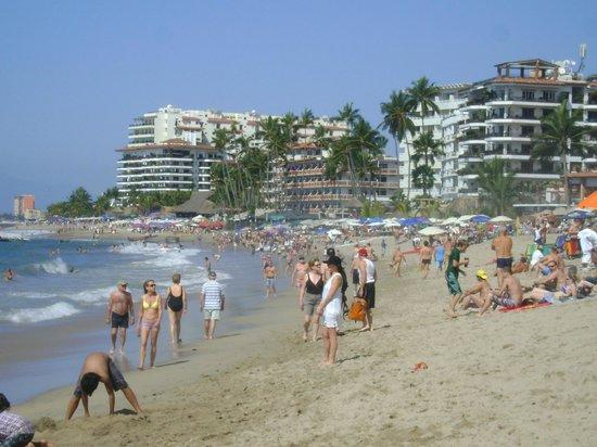 Playa de los Muertos: playa empinada