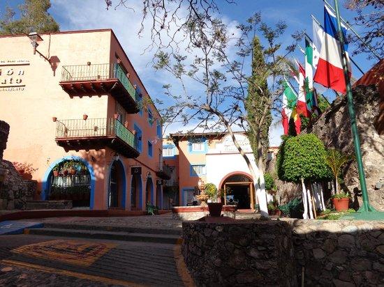Mision Guanajuato: Frente del hotel