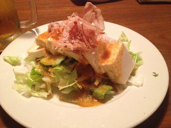 Iccho Restaurant: 豆腐サラダ