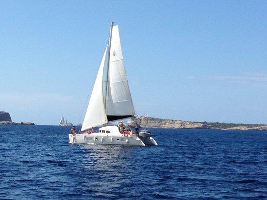 伊比沙卡塔瑪拉快艇遊船之旅