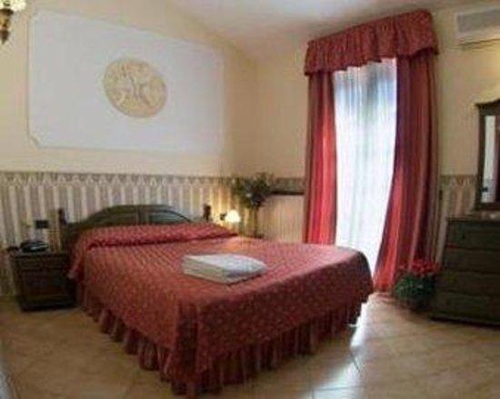 Hotel Louis II: Louis Room