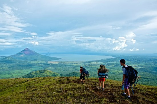 Quetzaltrekkers - Day Tours: Reaching our campsite