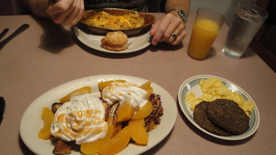 "Cobblestone Cafe: Breakfast casserole and ""The Harvest"" meal"