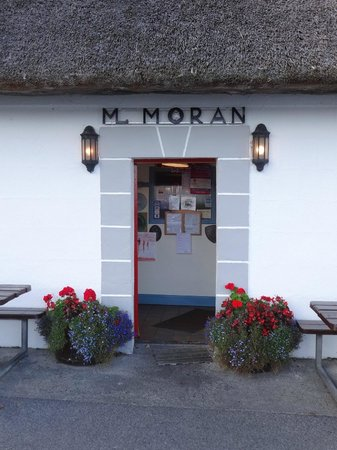 Morans Oyster Cottage: Entrance