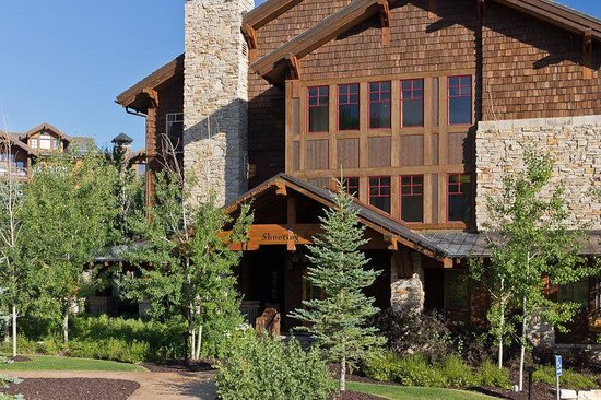 The Village at Empire Pass: Web Shooting Star Exteriors