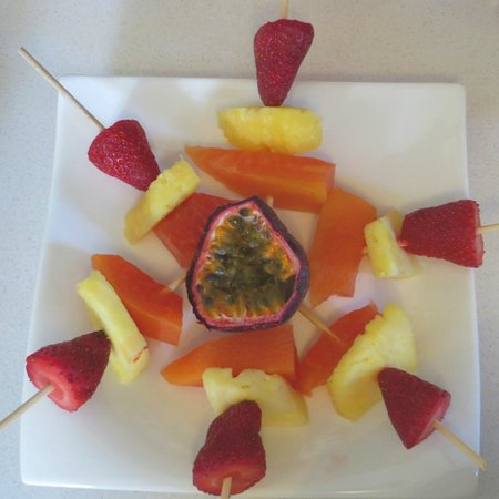 AfricanHome Guesthouse: AfricanHome artful breakfast