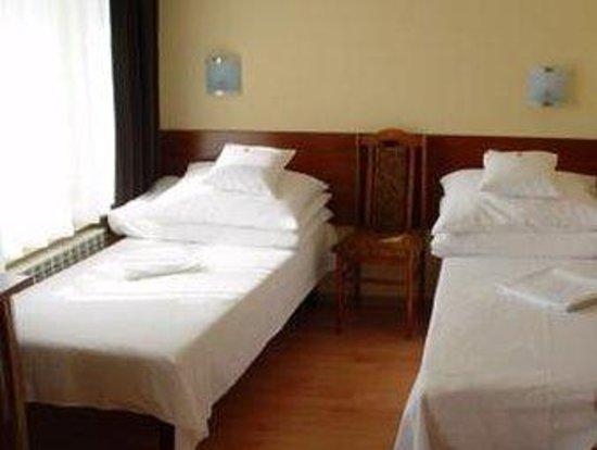 Nu Hotel : SCHRSTDTw