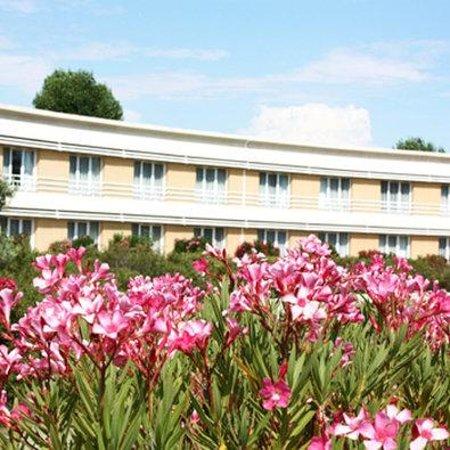 BEST WESTERN Aix Sainte Victoire : Hotel Vue Jardin