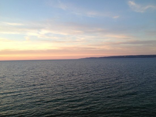 Inn at Bay Harbor, Autograph Collection Hotels: View of Lake Michigan's Little Traverse Bay