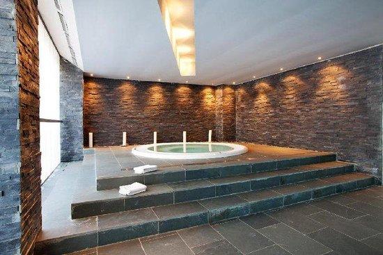 Aparhotel & Spa Cerdanya : Jacuzzi